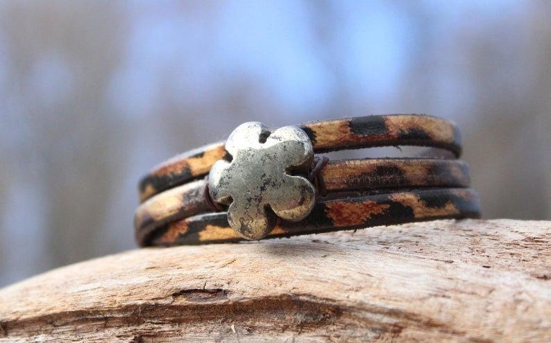 Flower Wrap Bracelet, Carved Flower Bracelet, Leather Bracelet, Wrap Bracelet, P