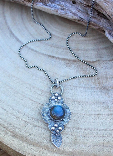 Sterling Silver Mandala Necklace with Labradorite