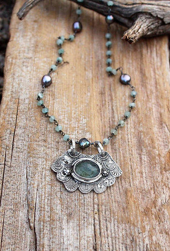 Sterling Silver and Moss Aquamarine Scalloped Necklace
