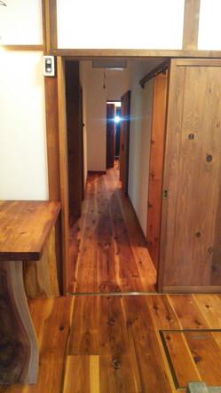 改装後のキッチン入口