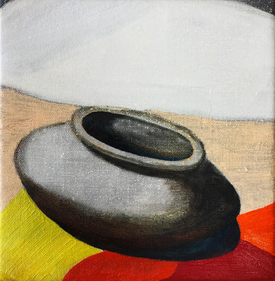 Gray Pot