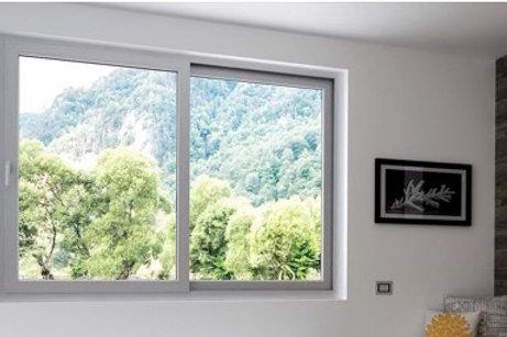 Fenêtre Coulissante  volet intègre électrique