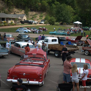 cars lined up.jpg