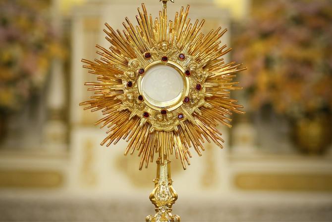 Au soleil de l'Eucharistie