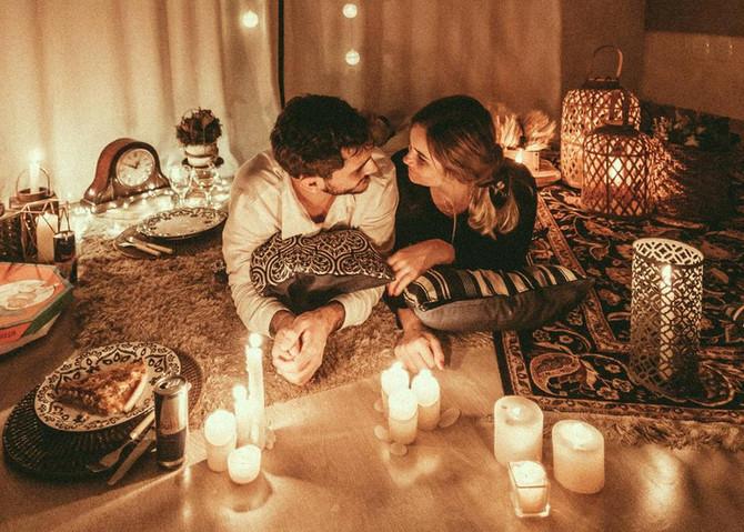 8 conseils aux couples pour survivre au confinement