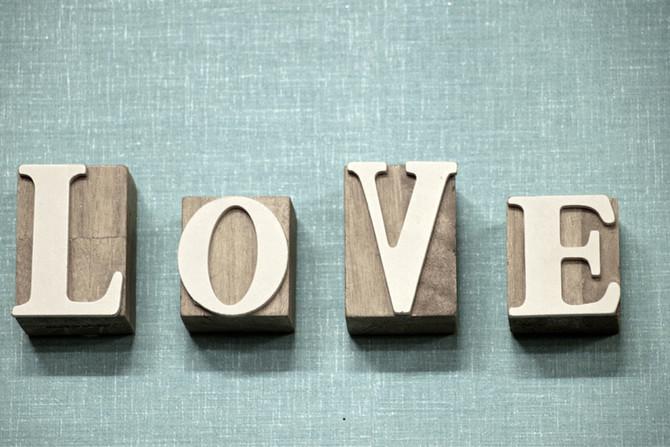 Les paroles valorisantes dans le couple