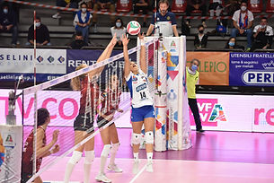 Macron Volleyball - Bergamo.png