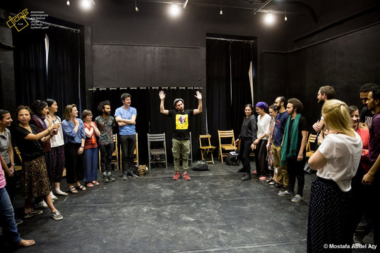 Ahmed Tobasi and Zoe Lafferty leading a workshop in Cairo