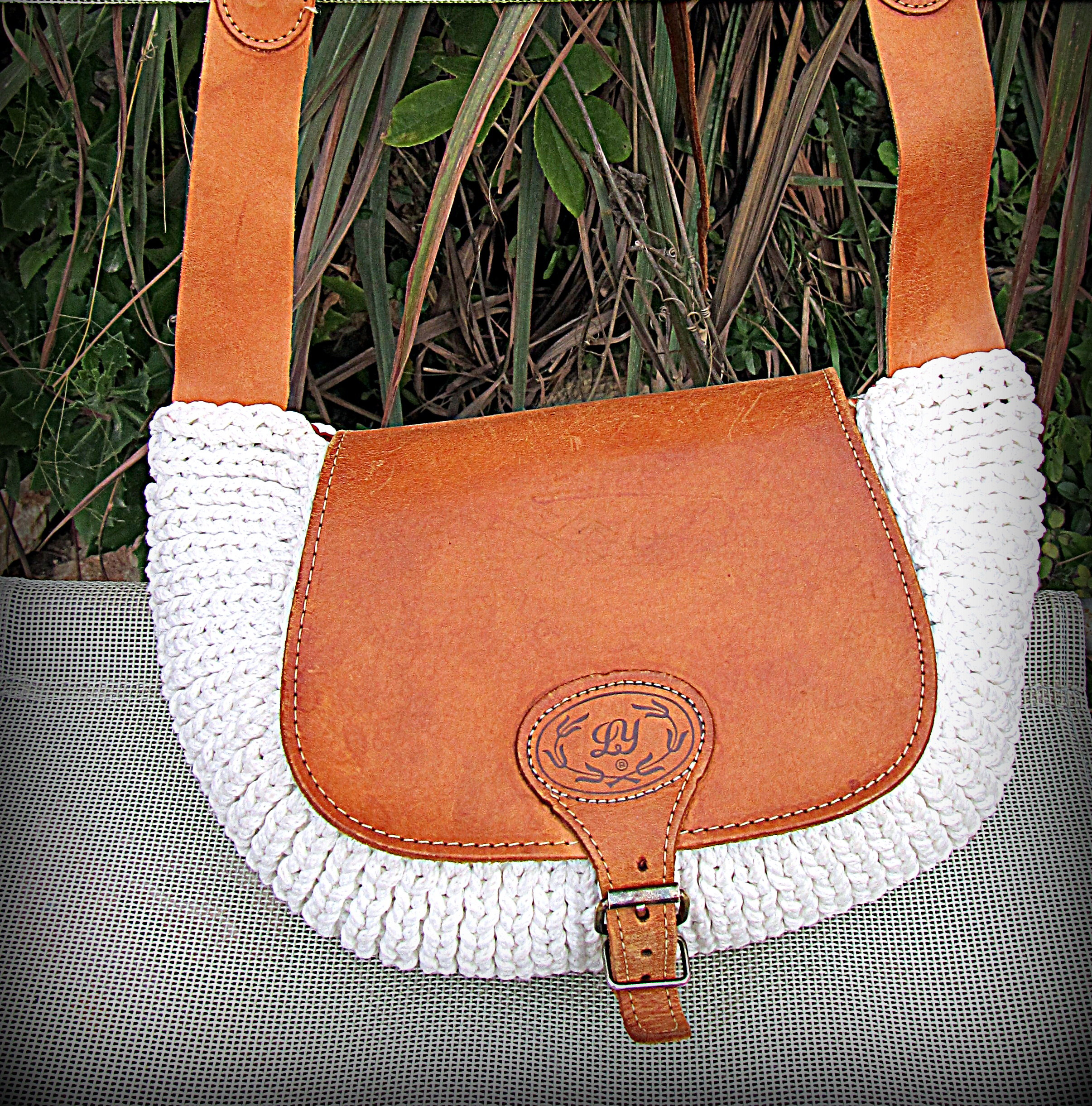 LEATHER BAG -original product for women Exclusive product