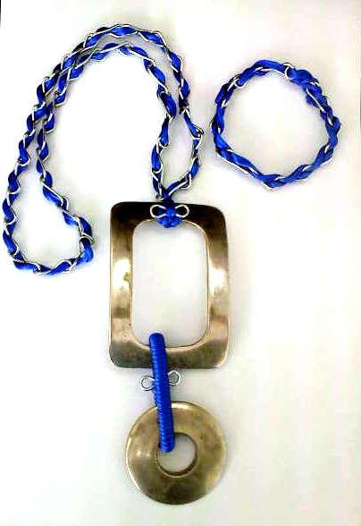 Necklace and bracelet royal blue