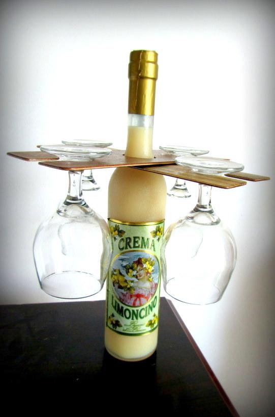 מיני בר – תופסן כוסות יין