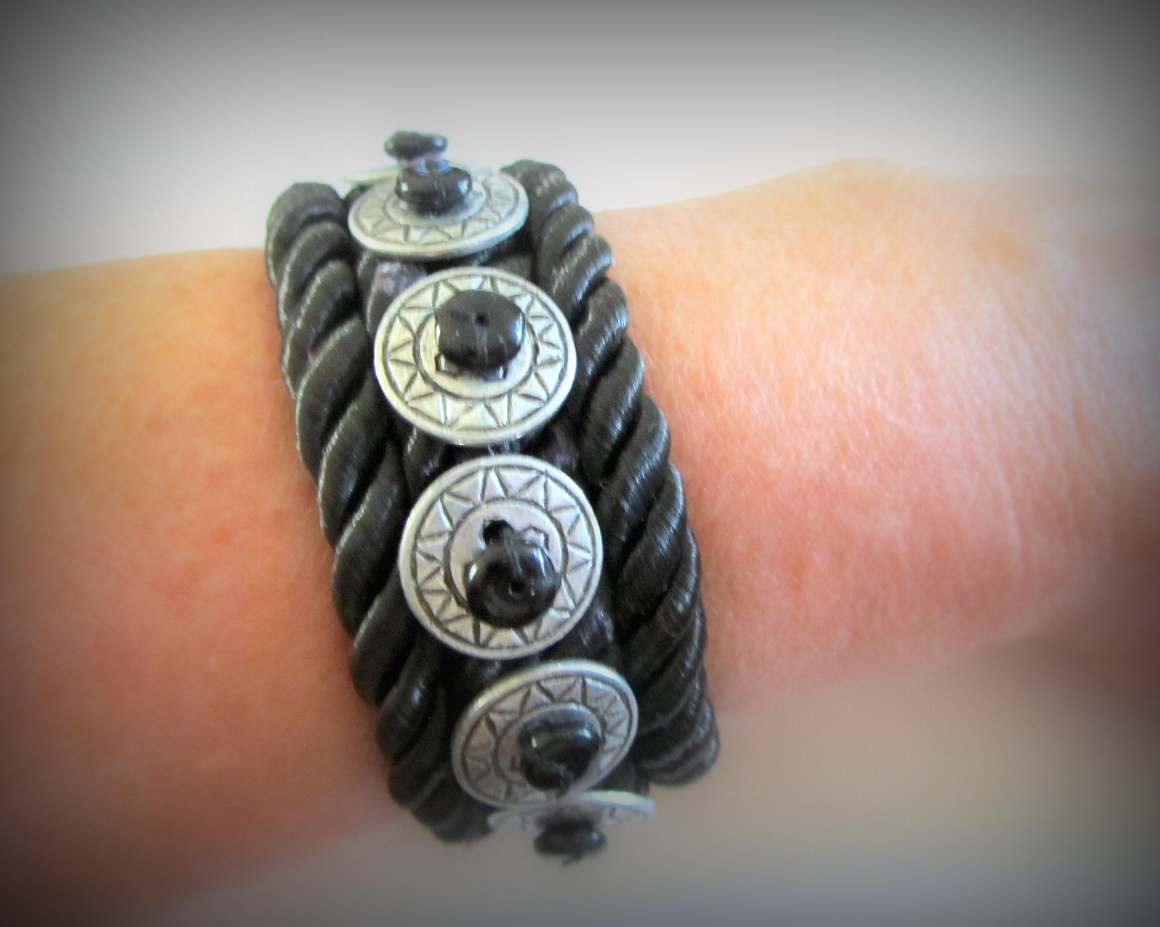 Bracelet-based silk harnesses