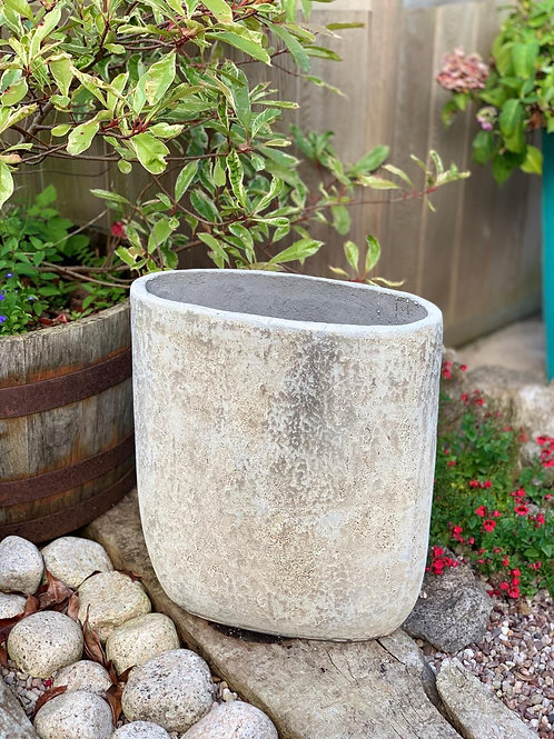 OP05 Outdoor Oval Pot Cream H:50cm