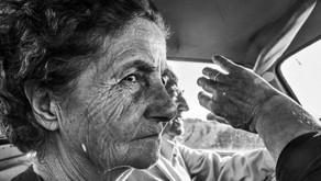 Καθημερινές Απλές Ιστορίες: Ο παππούς και η γιαγιά