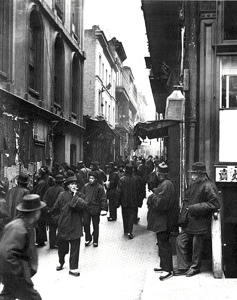 Chinatwn$ross-alley-1898