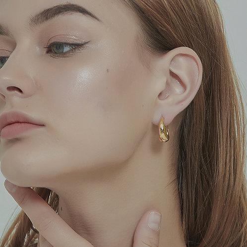 The 18K Gold Plated Minimalist Hoop Earrings (2 Colors)
