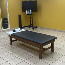 STRECHING TABLE