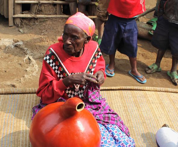 Umukeêcuru - Old Rwandan Woman