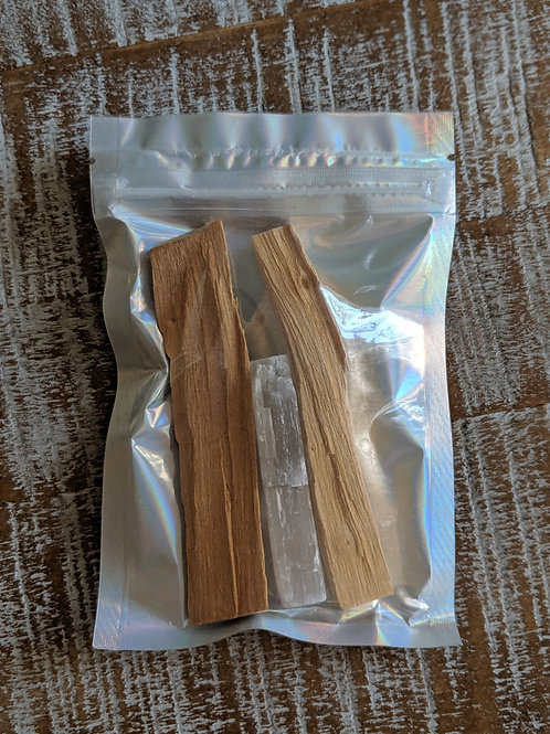 Cleansing Kit: Palo Santo & Selenite Bundle