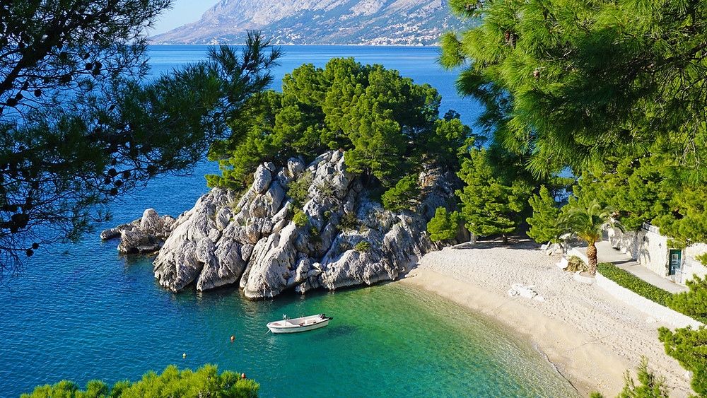Croatian beach Podrace in Brela, Makarska Riviera