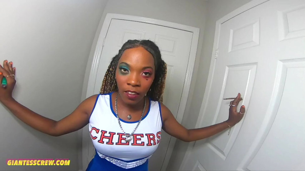 Giantess Crew - Mirandha - Cheerleader Time
