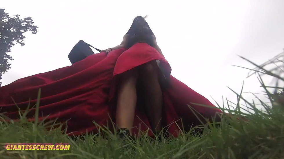 Giantess Crew-shakria- Ms Riding Hood