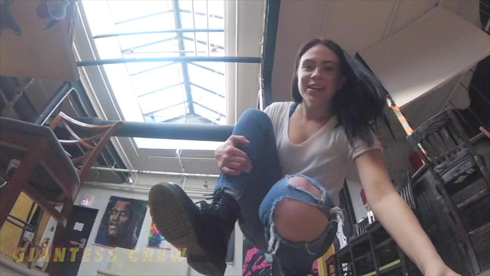 Giantess Crew- The Crazy Promoter