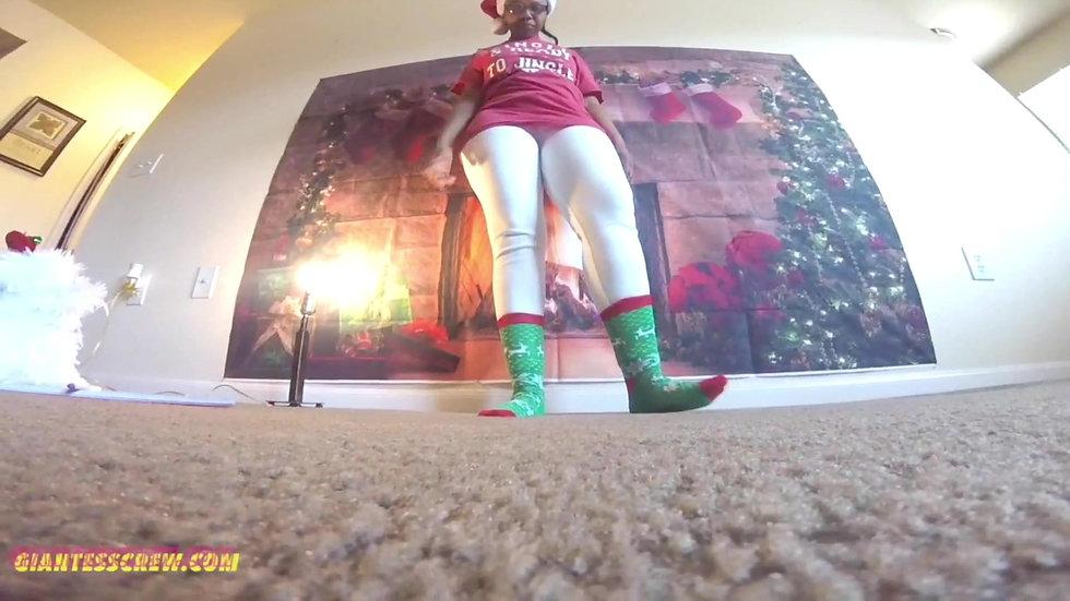 Giantess Crew- A Big Ass Christmas