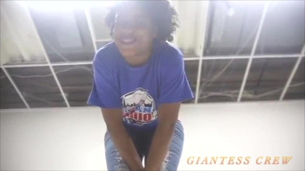 Giantess Crew- Nicole - My Giant X GF (BOTH PARTS)