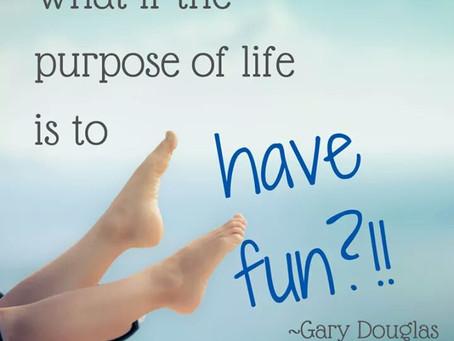 Bagaimana jika tujuan utama dari hidup ini adalah agar kita  hidup berbahagia dalam keadaan seperti
