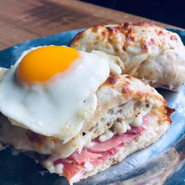Rolling Oven Mobile Pizzeria Brunch Sandwich Egg