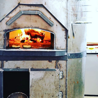 Rolling Oven Mobile Pizzeria Wood-Fire Oven