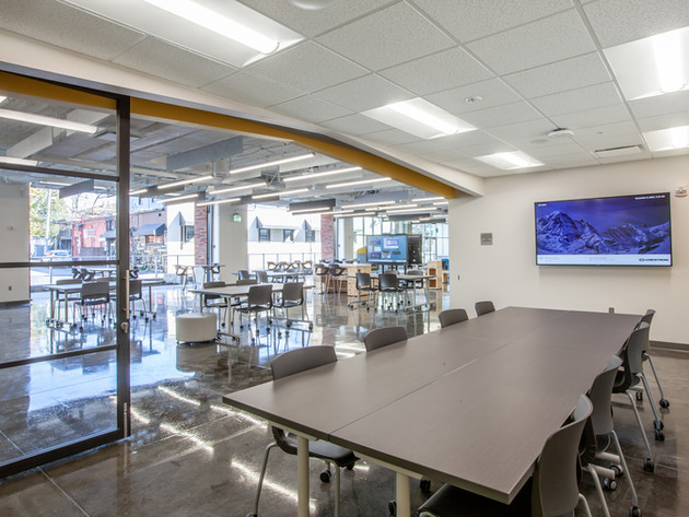 Innovation Lab Meeting Room