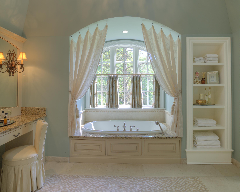 Bathroom IMG_2126_27_28_29_32_tonemapped 8x10 horizontzl