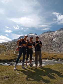 Actividad guiada al pico aneto con guía de alta montaña profesional