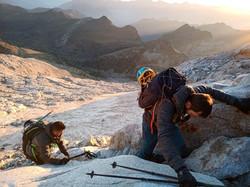 Ascensión al pico Aneto con guía de montañen en verano e invierno (3)