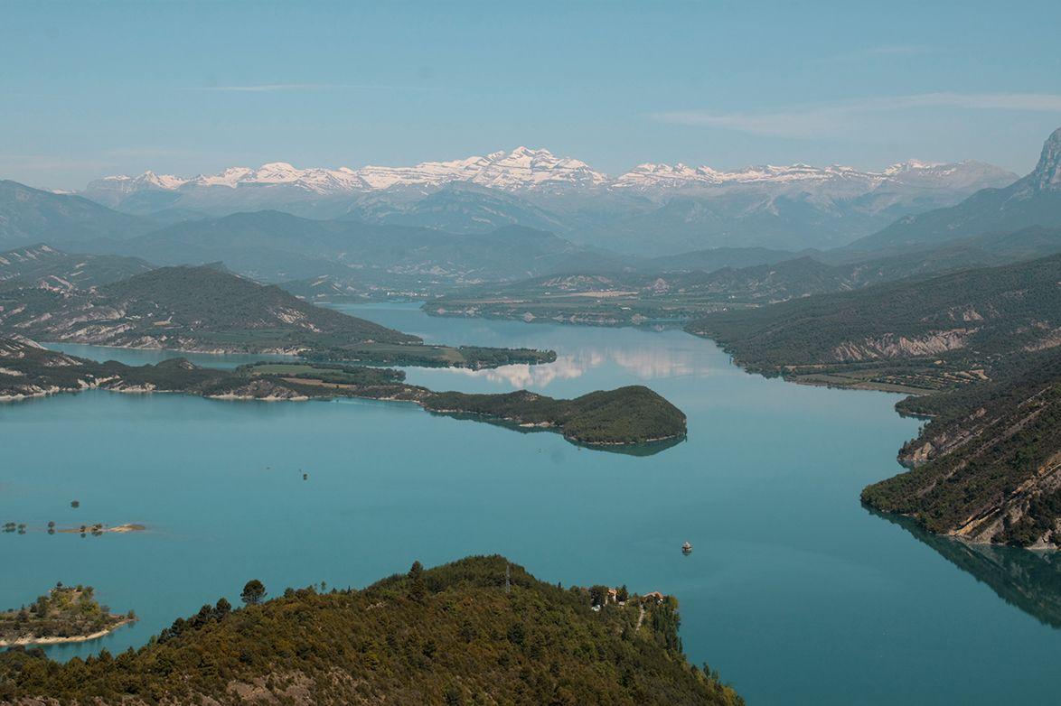 Kayak in Spain: Pyrenees and Ordesa.