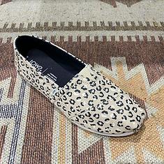 toms-deluca-schuhe-goettingen-espadrille-slipper-canvas