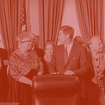 john-kennedy-standing-with-others-515025