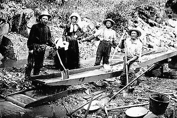 yes_women_participated_in_the_gold_rush_1050x700.jpg