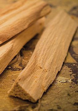 Sanctus - legno di Palo Santo