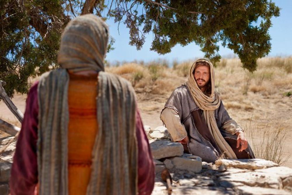 Samaritan-woman-well-Lisa-Christiansen