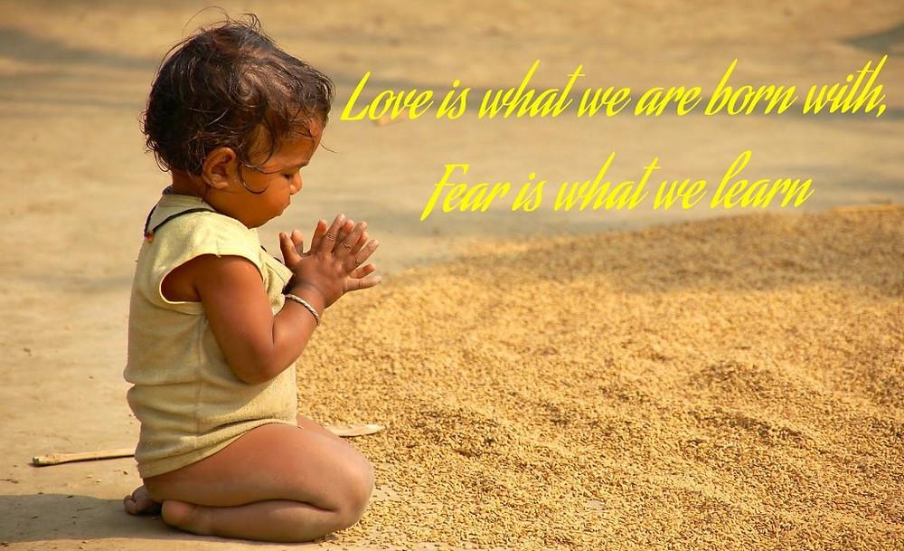 lisa-christiansen-child-praying
