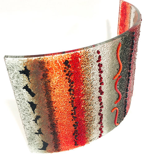 Large Textured Curve (Red, Grey, Black)