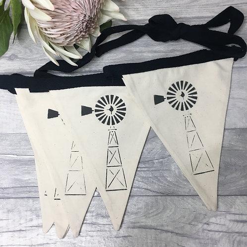 Windmill Bunting - Natural