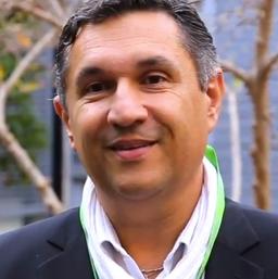 Dr. Christian Siatka