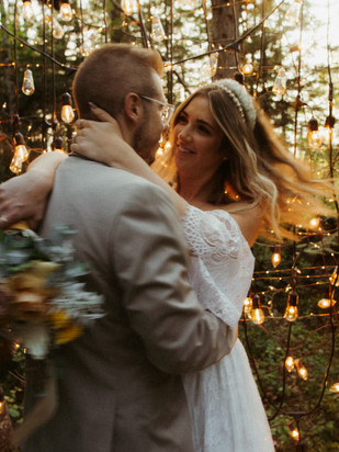 ANNA + DEVAN | ROMANTIC BOHO FOREST