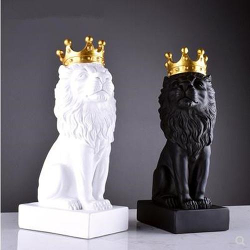 King of LION.jpg