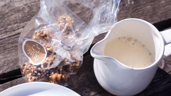 SVEIKISS granola su sojos gėrimu