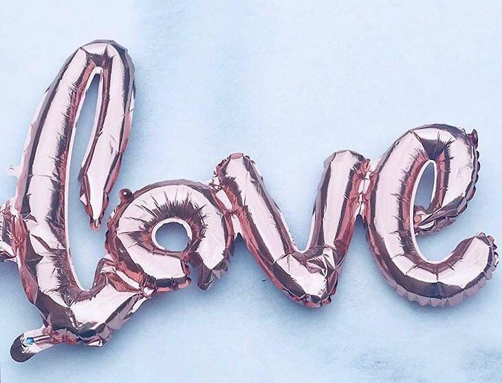 It's a love balloon on snow.